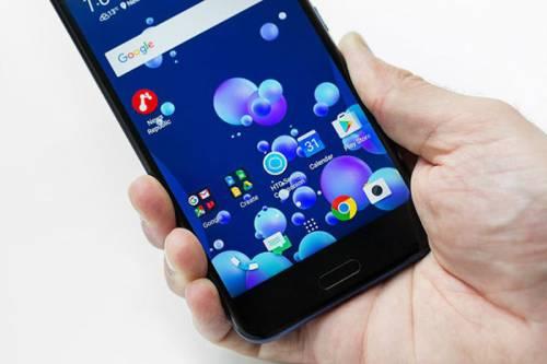 گوشی HTC U 11 رونمایی شد