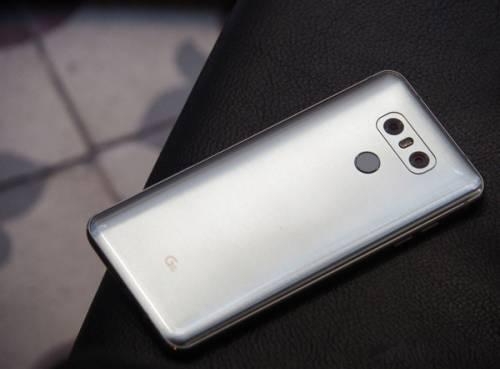 الجی از پرچمدار جدید خود  LG G6 رونمایی کرد
