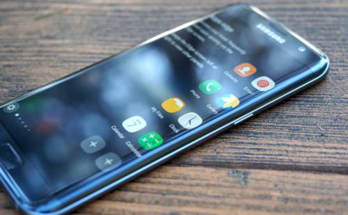 سامسونگ ساخت مدل تخت سری Galaxy S را متوقف میکند