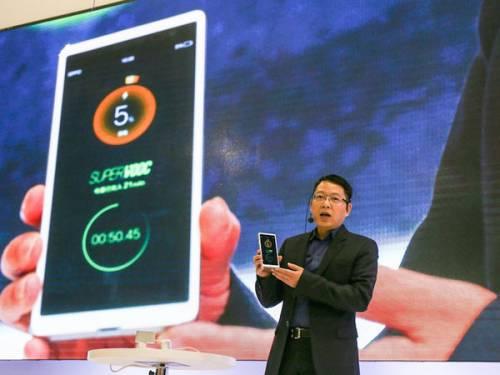 اوپو شارژ ۱۵ دقیقهای گوشی را محقق کرد!